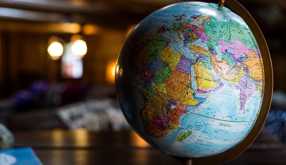 英語を話す人数は世界でおよそ15億人!英語人口は増加の一途!