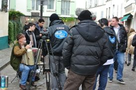 """""""Arab Idol"""" on the streets of Montmartre"""