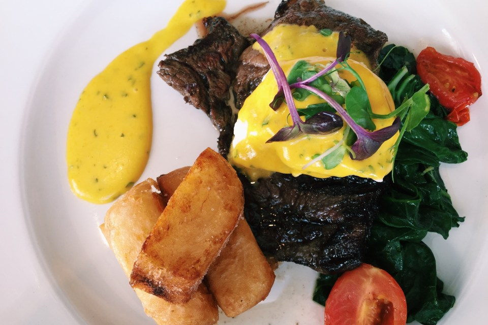 Steak with Hollandaise sauce at the Spier Restaurant
