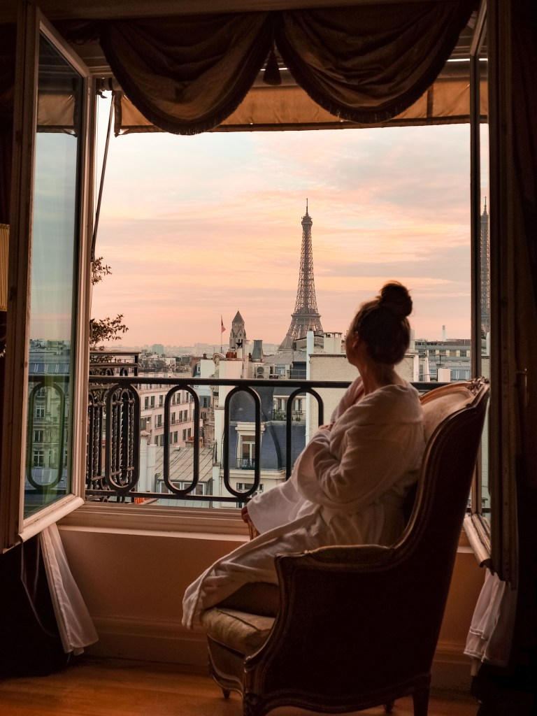 Guide To Paris For First Time Visitors