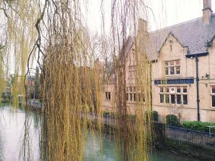 Oxford retreat pub
