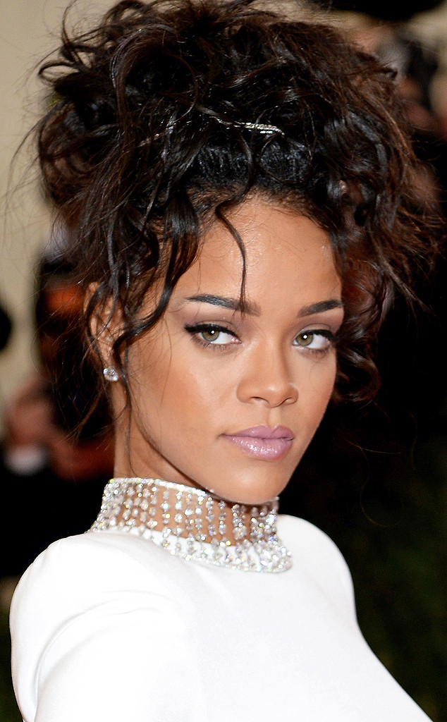 rs_634x1024-140505195412-634.Rihanna-MET-Gala-Beauty.2.ms.050514