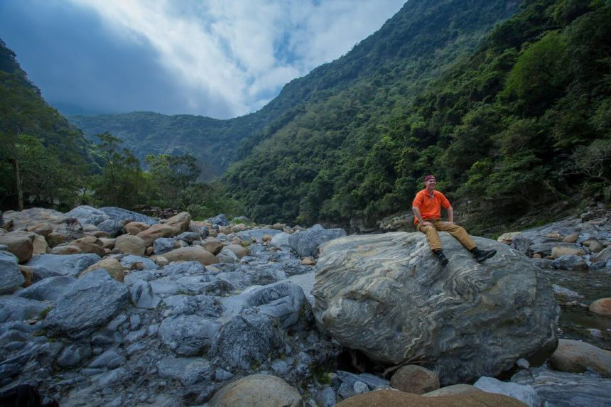 Marble rocks at Shakadang