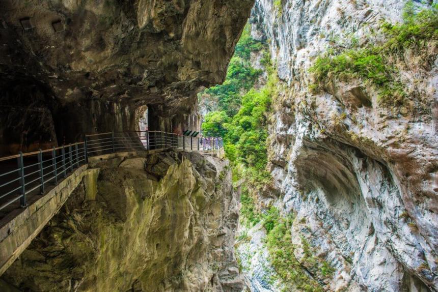 Taiwan Scene_MyTaiwanTour blog_Taroko National Park shakadang trail