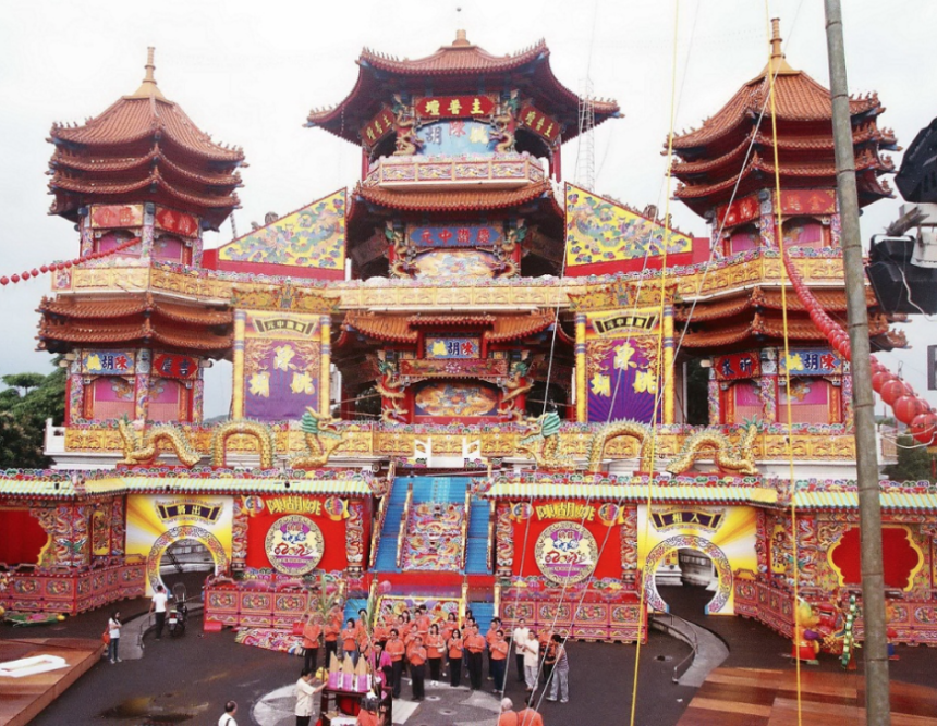 ghost-month-in-taiwan-lao-dao-gong-temple-keelung-photo-from-taiwan-tourism-bureau