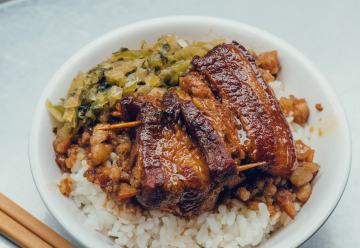 Taiwan's 'National Dish_—Braised Pork Rice_04