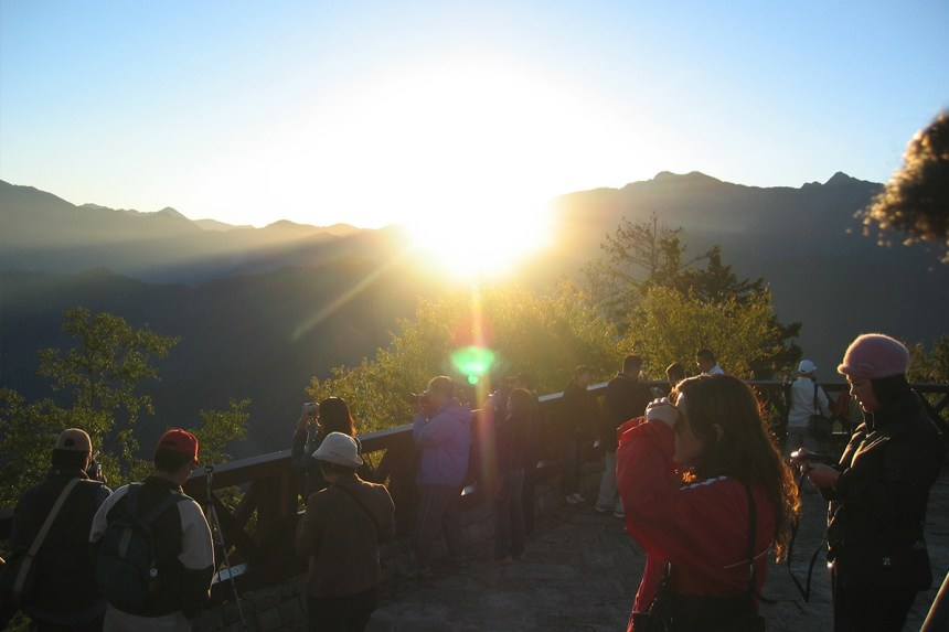 taiwan-scene-new-year-celebration-sunrise-in-alishan