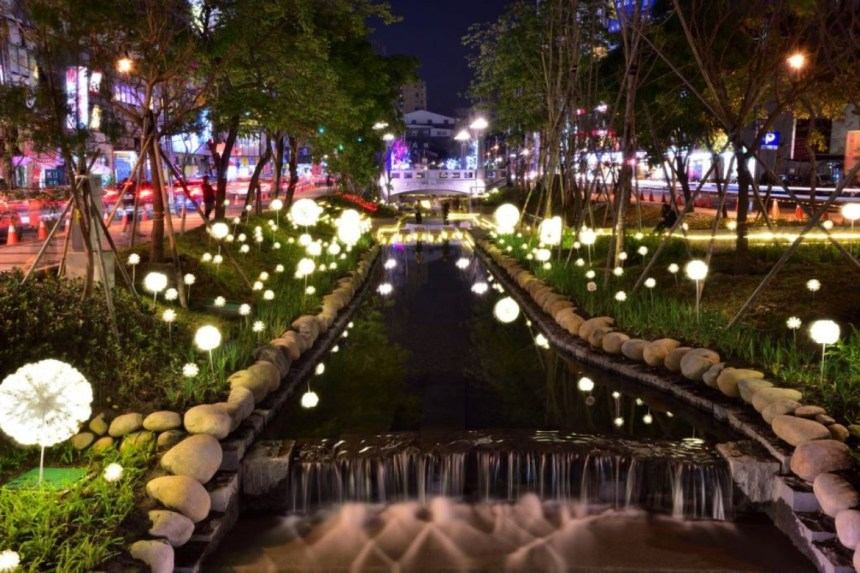 taichung-attractions-green-river-trail