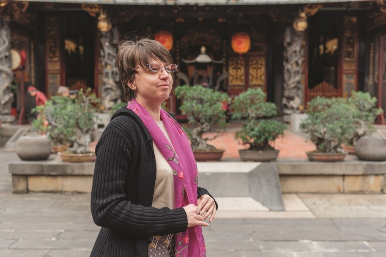 Author and student Stephanie Huffman is passionate about Taiwanese temple culture. (photo_Sami Guo)