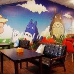 【台中西屯】東京雜貨樂園.2F龍貓咖啡館-被龍貓包圍的幸福裝潢.喝杯龍貓咖啡.親子咖啡館餐廳.逛逛史努比kitty布丁狗多拉ㄟ夢米奇拉拉熊蛋黃哥老皮的生活精品雜貨玩具