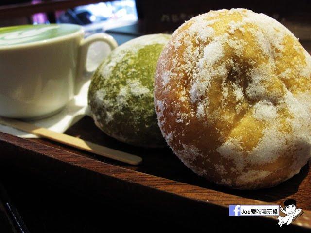 【台中甜點】 - 來自東京的美味甜甜圈,每個甜甜圈都是現作以及限量的!!!所以要吃限量以極限定的要早點來喔!!