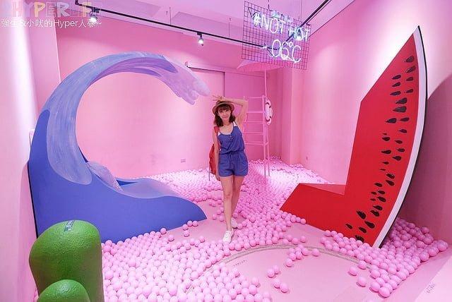 【-06℃展】粉紅幻想世界紅點文旅登場囉!免費入場、現場買二支冰淇淋還可獲贈免費溜超長滑梯~