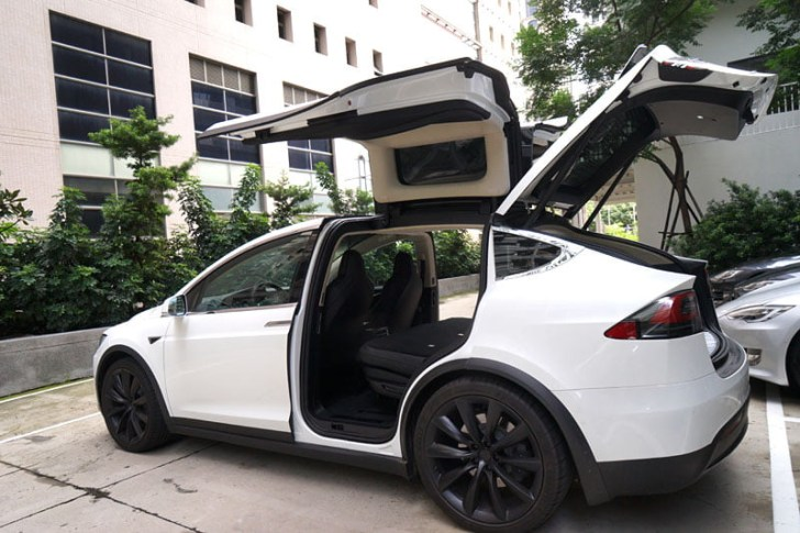 2018 08 30 221902 - 台中特斯拉電動車免費試駕心得│可以自動駕駛、自動倒車入庫真是太扯了