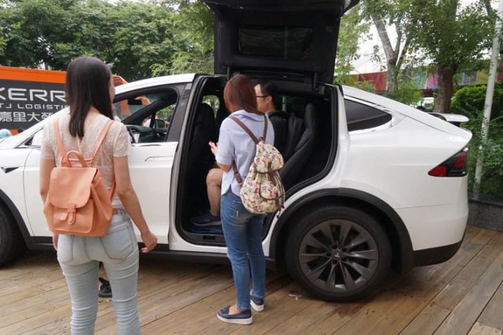 2018 08 30 221905 - 台中特斯拉電動車免費試駕心得│可以自動駕駛、自動倒車入庫真是太扯了