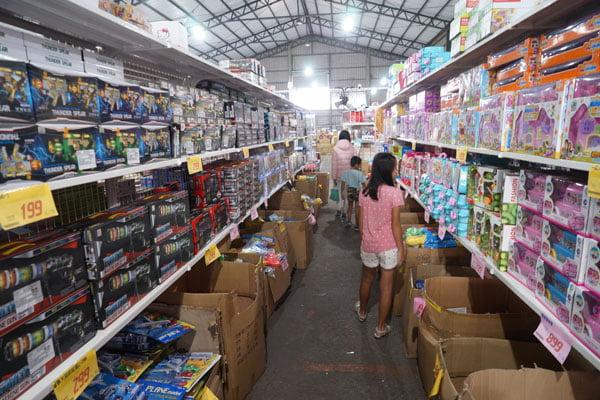 2018 11 14 133641 - 熱血採訪│台中海線最新300坪玩具批發店就在佳昇玩具批發