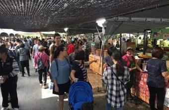 2018 12 03 231804 - 台中花博國際好農市集人潮爆多,用餐時刻便當超搶手