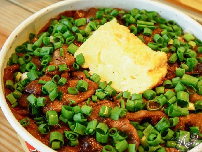 2019 03 27 222237 - 台南民生路便當,月燒肉便當木炭現烤燒肉,配菜多元