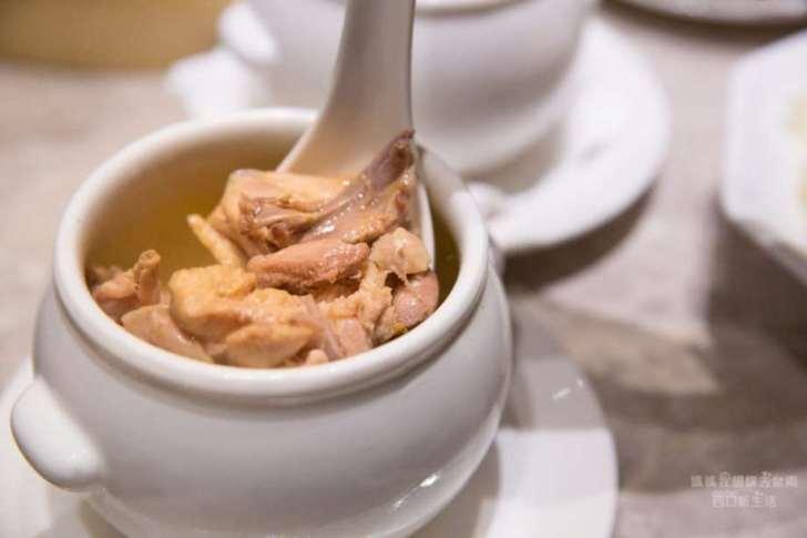 2019 06 04 105044 - 台南南紡購物中心美食推薦,從蒸點到甜品都有的漢來上海湯包,18摺湯包不能錯過