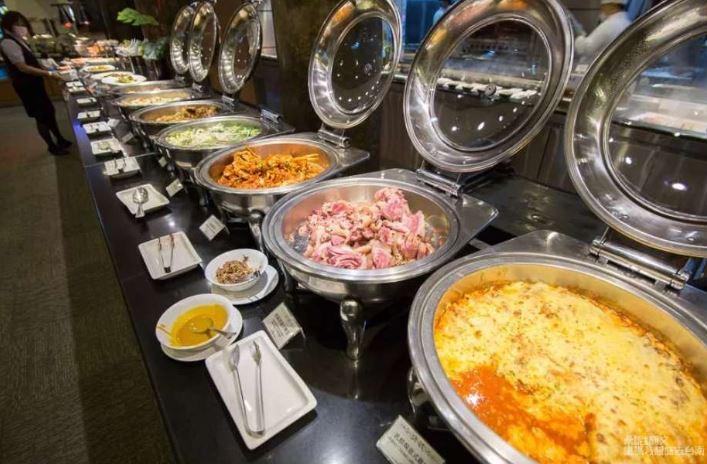 2019 08 26 223127 - 台南歐式自助餐老品牌,聚餐、慶生首選台南大飯店翡翠廳歐式自助餐