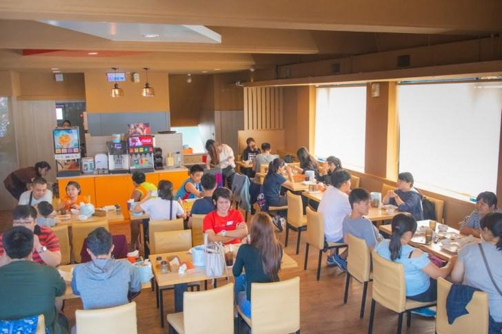 2019 10 04 021402 - 熱血採訪 | 台南披薩炸雞吃到飽、飲料冰淇淋無限享用,用餐時間人潮滿滿!