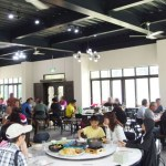 熱血採訪|新社親子餐廳景點,除了逛新社花海節還能來西月湖農園,假日人潮大爆滿,記得要提前預約
