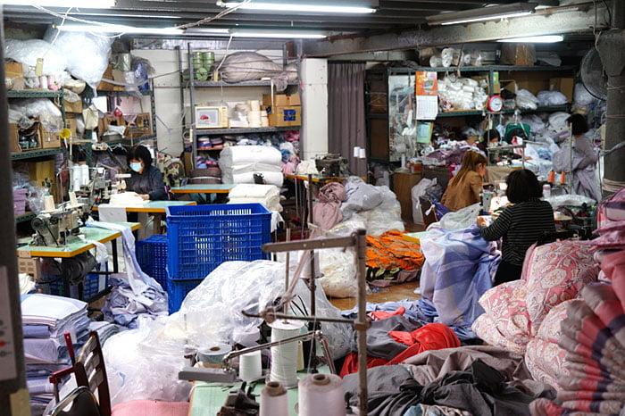 2019 12 14 022056 - 熱血採訪|台中1500坪工廠開倉囉,只有十天!這間寢飾工廠年終大出清