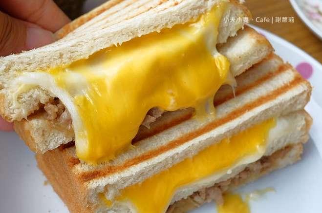 2019 12 19 113203 - 三重早餐吃到飽!三重蛋餅、水煎包、三明治、吐司、漢堡都在這