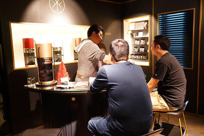 2020 01 04 160210 - 熱血採訪│沒預約喝不到!藏在新時代百貨的世界冠軍手沖咖啡,就在iDrip智能手沖咖啡機展銷中心