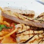 陳食空間║學區網美店,森林系盪鞦韆+平價早午餐、義大利麵征服饕客的胃~