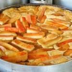 在地人激推的銅板美食,用餐時刻人潮大爆滿,台中爌肉飯推薦!