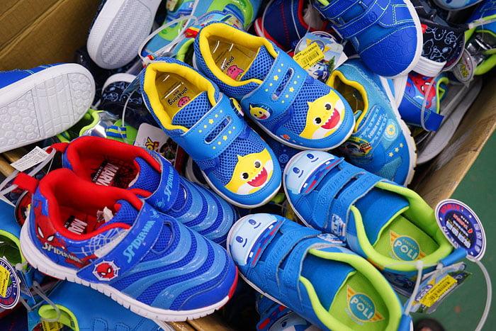 2020 11 05 191637 - 熱血採訪│台中童鞋工廠開倉,只有十天,加1元多1件,錯過只能等明年