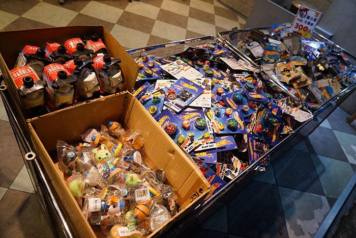 2021 01 31 021440 - 熱血採訪│台中桌遊玩具特賣會!盒損UNO卡加購只要99,NG小玩具任選10件3百