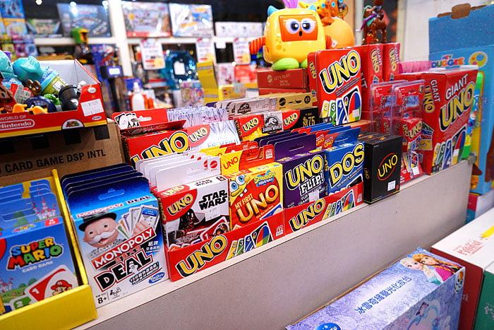 2021 01 31 021535 - 熱血採訪│台中桌遊玩具特賣會!盒損UNO卡加購只要99,NG小玩具任選10件3百