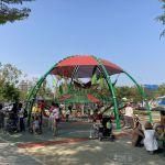 台中又有新公園啦!黎新公園超大圓形攀爬網,還有少見的無障礙盪鞦韆、戶外健身設施