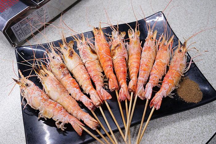 2021 04 22 005413 - 熱血採訪│這間海鮮超多人,厚切生魚片一大盤吃到爽,參加活動30片只要200元超浮誇