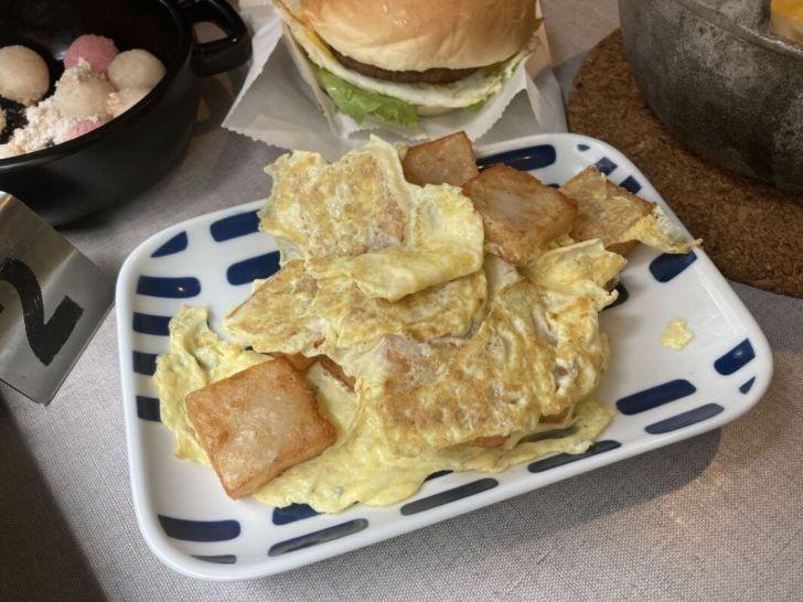 2021 04 27 005643 - 白色系人氣morni早午餐店,早餐就吃讚岐烏龍麵,還有現點現炸小湯圓