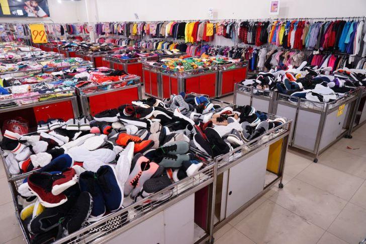 2021 04 30 122518 - 熱血採訪 台中大里童裝大出清,童衣童鞋通通只要1折,活動限定這10天