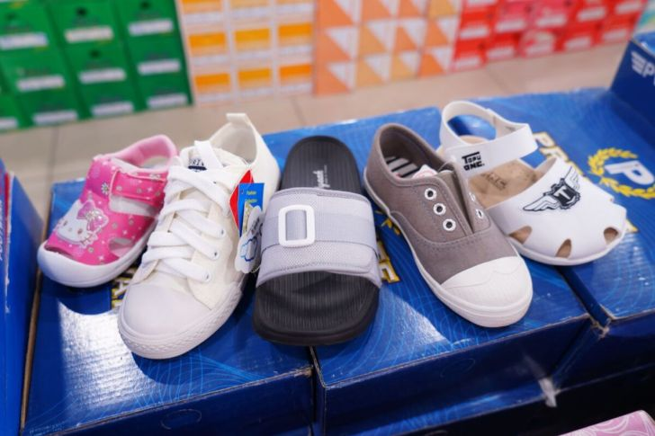 2021 04 30 122647 - 熱血採訪 台中大里童裝大出清,童衣童鞋通通只要1折,活動限定這10天