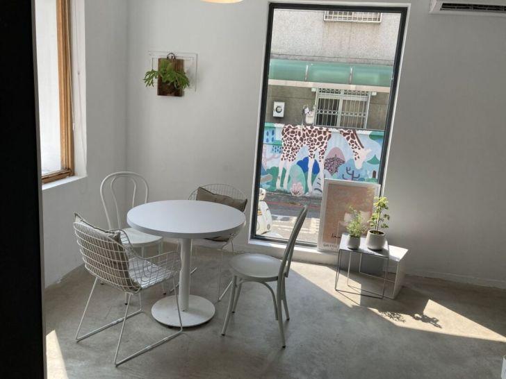 2021 04 30 123627 - 精誠商圈療癒系咖啡廳Giocoso Café&Pasta,全天候供餐不休息,寵物友善餐廳還有店狗陪你喝下午茶