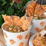 台中銅板小吃,大腸麵線搭香雞排,讓你欲罷不能的平凡美味!