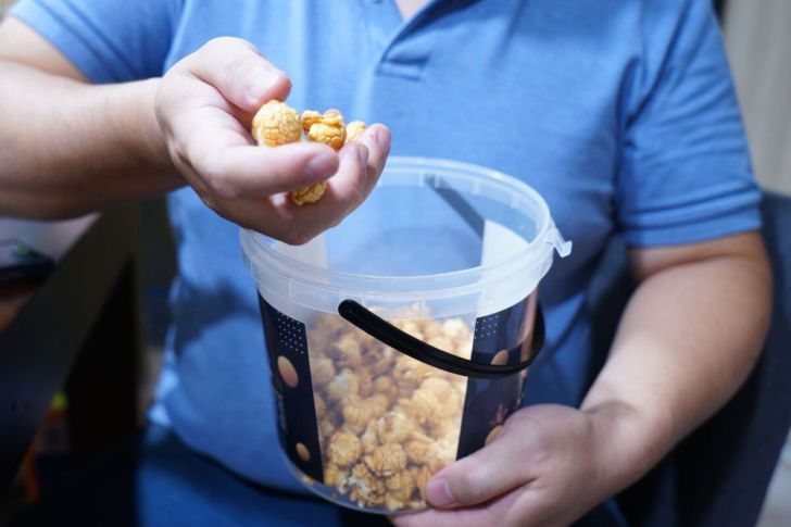 2021 06 22 195709 - 熱血採訪|肥貓抓雞蛋家庭號桶裝爆米花,來店自取每桶現折100元,每人每次限6桶