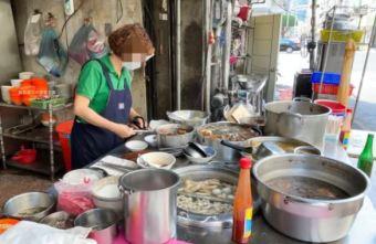 2021 09 08 072709 - 松哥拉仔麵!老台中古早味小吃早餐店,超多東泉辣椒醬疊起來很壯觀