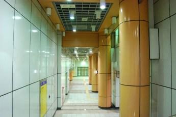 metro-longshan-temple-station-06