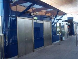 metro-nunawading-railway-station-melbourne-australia-2009-04