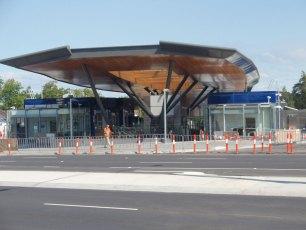 metro-nunawading-railway-station-melbourne-australia-2009-07