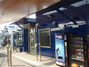 metro-nunawading-railway-station-melbourne-australia-2009-06