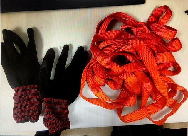 gloves and ropes