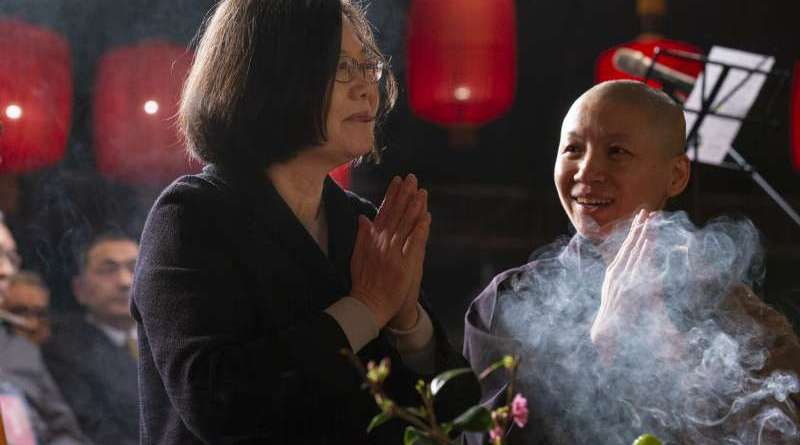 Tsai Ing-wen at a Buddhist blessing ceremony