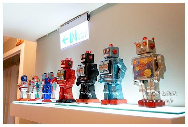 台中綠園道機器人主題餐廳鐵皮駛2