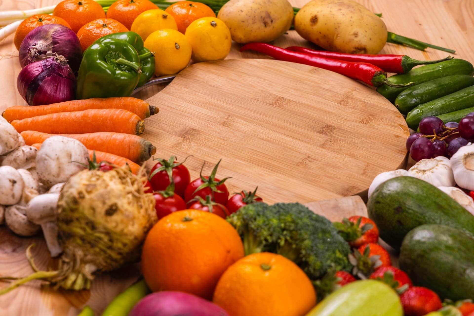 الاحتياجات الغذائية للمرأة والفتاة